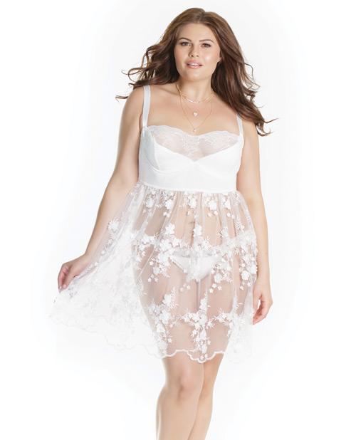 Plus Size White Lace Lingerie